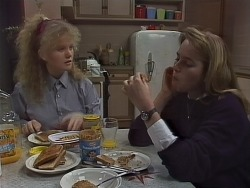 Sharon Davies, Bronwyn Davies in Neighbours Episode 0855