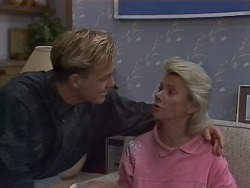 Scott Robinson, Helen Daniels in Neighbours Episode 0891