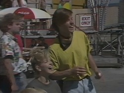 Jenny Owens, Mike Young in Neighbours Episode 0925