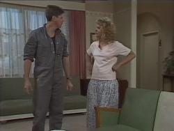 Joe Mangel, Noelene Mangel in Neighbours Episode 0925