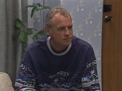 Jim Robinson in Neighbours Episode 0962