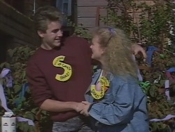 Nick Page, Sharon Davies in Neighbours Episode 0962