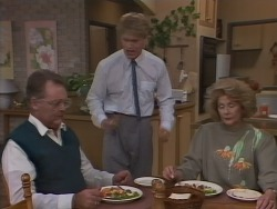 Harold Bishop, Henry Ramsay, Madge Bishop in Neighbours Episode 1041