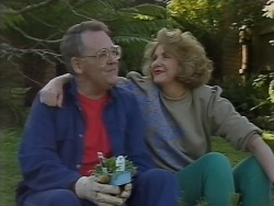 Harold Bishop, Madge Bishop in Neighbours Episode 1076