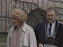 Madge Bishop, Harold Bishop in Neighbours Episode 1147