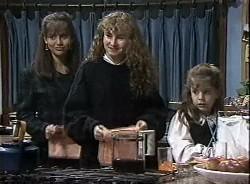 Beth Brennan, Debbie Martin, Hannah Martin in Neighbours Episode 1727