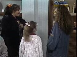 Beth Brennan, Hannah Martin, Debbie Martin in Neighbours Episode 1727