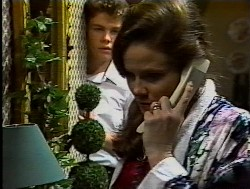 Michael Martin, Julie Robinson in Neighbours Episode 1849