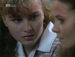 Debbie Martin, Julie Robinson in Neighbours Episode 1855