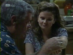 Lou Carpenter, Julie Robinson in Neighbours Episode 1855