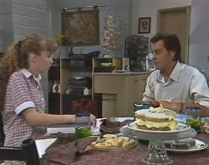 Debbie Martin, Rick Alessi in Neighbours Episode 1864