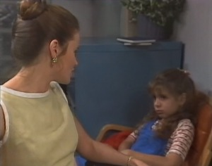 Julie Robinson, Hannah Martin in Neighbours Episode 1864