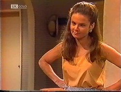 Julie Robinson in Neighbours Episode 1890