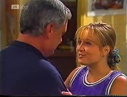 Lou Carpenter, Lauren Turner in Neighbours Episode 1890