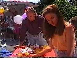 Jim Robinson, Julie Robinson in Neighbours Episode 1890