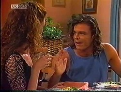Gaby Willis, Wayne Duncan in Neighbours Episode 1890