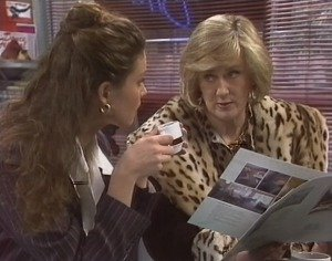 Gaby Willis, Veronica Baxter in Neighbours Episode 1957