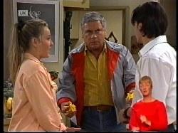 Lauren Turner, Lou Carpenter, Rick Alessi in Neighbours Episode 1979