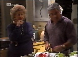 Cheryl Stark, Lou Carpenter in Neighbours Episode 2069
