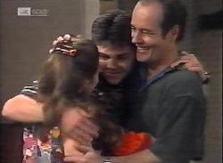 Julie Robinson, Hannah Martin, Michael Martin, Philip Martin in Neighbours Episode 2071