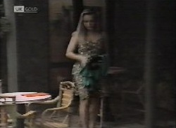 Lauren Turner in Neighbours Episode 2071