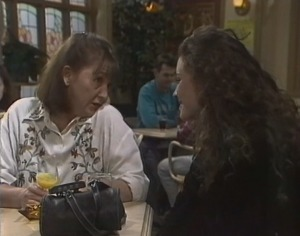 Pam Willis, Gaby Willis in Neighbours Episode 2194