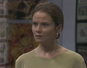 Julie Robinson in Neighbours Episode 2194