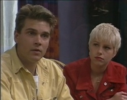 Mark Gottlieb, Lucy Robinson in Neighbours Episode 2400