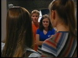 Anne Wilkinson, Billy Kennedy, Caitlin Atkins, Mandi Rodgers in Neighbours Episode 2996