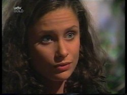 Caitlin Atkins in Neighbours Episode 2996