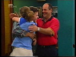 Hannah Martin, Michael Martin, Philip Martin in Neighbours Episode 3109