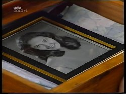 Julie Martin in Neighbours Episode 3109
