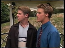 Lance Wilkinson, Billy Kennedy in Neighbours Episode 3109
