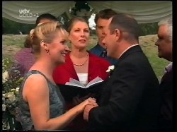 Toadie Rebecchi, Ruth Wilkinson, Joan Kerr, Billy Kennedy, Philip Martin, Lou Carpenter in Neighbours Episode 3109