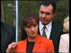 Susan Kennedy, Karl Kennedy in Neighbours Episode 3109