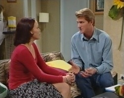 Libby Kennedy, Mike Healy in Neighbours Episode 3212
