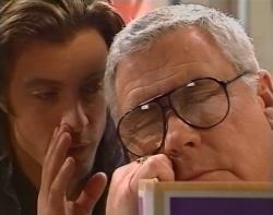 Drew Kirk, Lou Carpenter in Neighbours Episode 3212