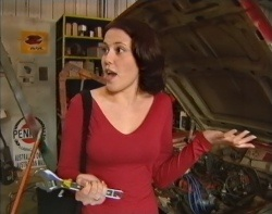 Libby Kennedy in Neighbours Episode 3212