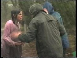 Anne Wilkinson, Billy Kennedy, Lance Wilkinson in Neighbours Episode 3220
