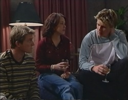 Mike Healy, Libby Kennedy, Billy Kennedy in Neighbours Episode 3239