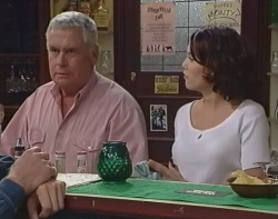 Lou Carpenter, Libby Kennedy in Neighbours Episode 3239
