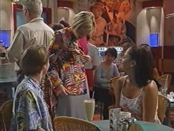 Tad Reeves, Amy Greenwood, Sarah Beaumont in Neighbours Episode 3281