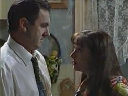 Karl Kennedy, Susan Kennedy in Neighbours Episode 3282
