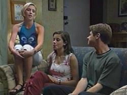 Amy Greenwood, Anne Wilkinson, Lance Wilkinson in Neighbours Episode 3282