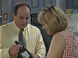 Philip Martin, Ruth Wilkinson in Neighbours Episode 3284
