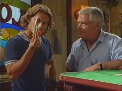 Joel Samuels, Lou Carpenter in Neighbours Episode 3297