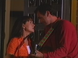Susan Kennedy, Karl Kennedy in Neighbours Episode 3297