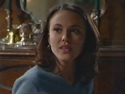 Libby Kennedy in Neighbours Episode 3342