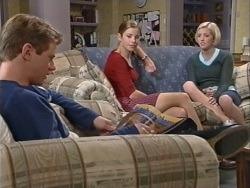 Lance Wilkinson, Anne Wilkinson, Amy Greenwood in Neighbours Episode 3342