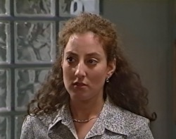 Pippa Layton in Neighbours Episode 3418